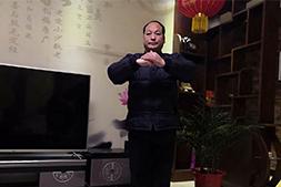 【郑州绿色丰农】祝大家新年快乐,万事顺意!